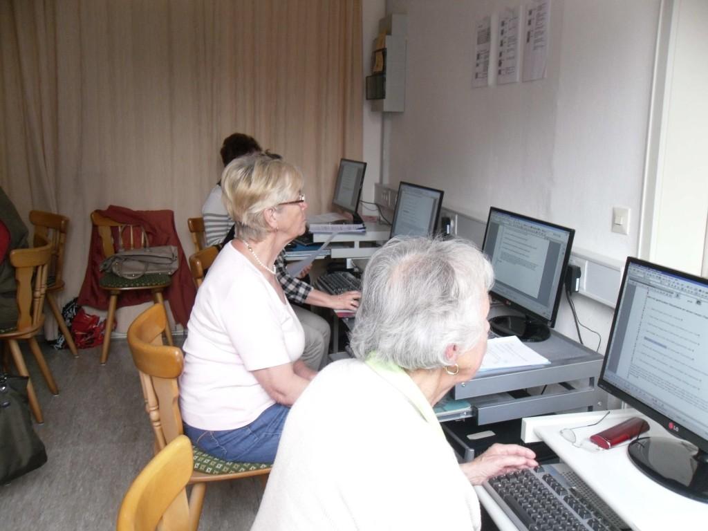Buergerstiftung foerdert Senioren